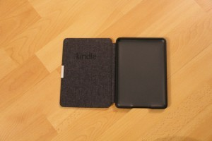 Pochette Kindle Onyx ouverte